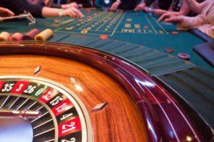 På Casino Cosmopol erbjuds roulette och andra klassiska bordsspel